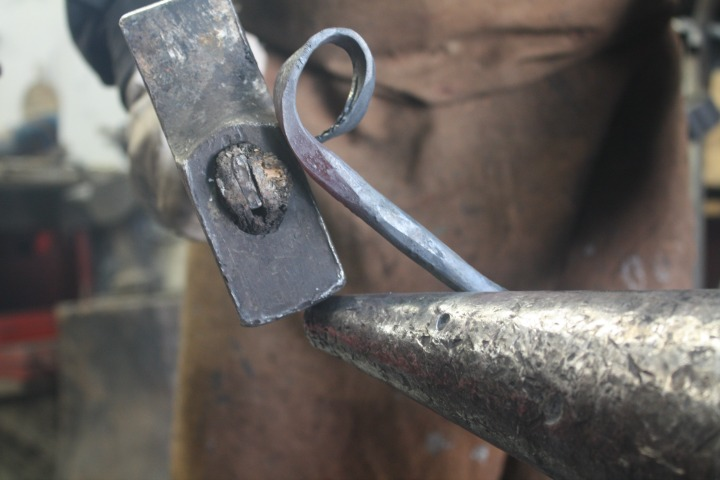 Know-How Tosello Réalisation - Wrought Iron Hammering