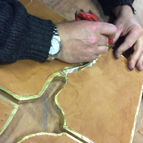 Know-How Tosello Réalisations | Leatherworking - Cutting